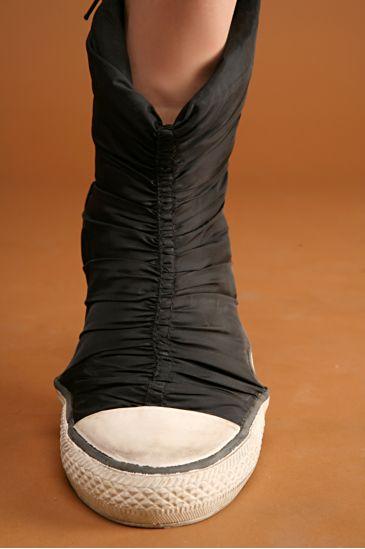 cinchedhightopsneaker3